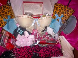 bridal shower gift baskets karla cavalli bridal shower gift sweet spicy