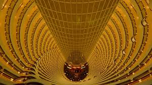 grand hyatt shanghai hotel in jin mao tower thousand wonders
