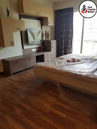 Bhk Laminate Flooring Newly Renovated 4 Bhk Apartment For Rent In Khar