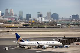 United Airlines Flight Change Fee United Airlines Newark Airport Reopened After Engine Fire