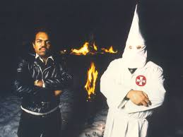 Desk Pop Other Guys How One Man Convinced 200 Ku Klux Klan Members To Give Up Their