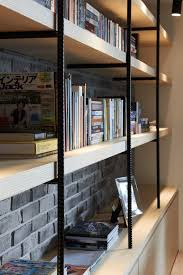 Building Wood Bookcases by Best 25 Apartment Bookshelves Ideas On Pinterest Bookshelves