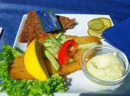 cuisine danoise spécialité danoise le smorrbrod de seigle danois tartiné de