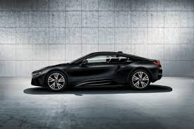 Bmw I8 Options - bmw i8 adds protonic frozen black and frozen yellow color options