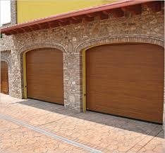 porte sezionali cerrato chiusure metalliche portoni sezionali residenziali