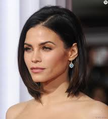 coupe carrã cheveux fins dewan a choisit la coiffure parfaite pour encadrer visage avec