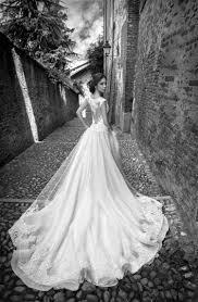 robe de mariee retro robe de mariée dos nu semi nu et en dentelle u2013 70 designs