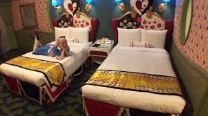 tokyo disneyland hotel alice in wonderland hotel room tour
