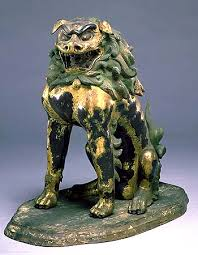 japanese guard dog statues lion dogs 京都国立博物館 kyoto national museum