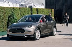 Tesla Minivan 7 Ways The Audi E Tron Quattro Will Make The Tesla Model X Sweat