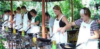 cours de cuisine thailandaise cours de cuisine thaïlandaise maison thaïe