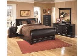 Zelen Bedroom Set King Huey Vineyard 6 Piece Queen Bedroom Set By Ashley Furniture