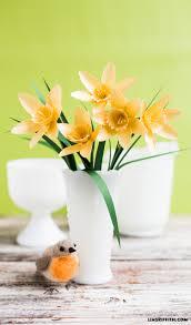 paper flower daffodil lia griffith