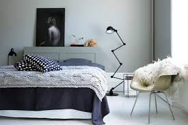 How To Decorate A Small Bedroom  InteriorHomeDesignInfocom - Colors for small bedroom