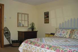 cachee dans la chambre chalet de la vallée cachée cottages apartments tourist homes