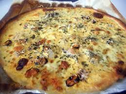 cuisiner des fruits de mer pizza fruits de mer pizzas quiches et tourtes les