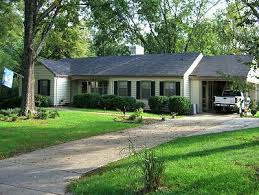 ranch style architecture in historic chatham virginia