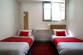 chambre a deux lits la chambre avec les deux lits simples photo de villa des canuts