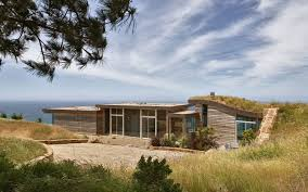 Modern House In Country Big Sur A Modern Country House With Ocean View Ideasdesign