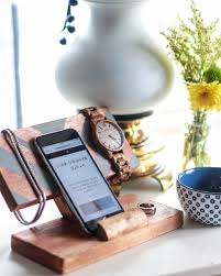 how to make a diy accessory holder charging station from scrap