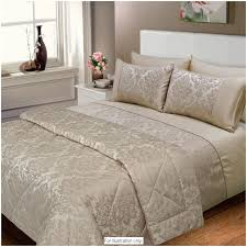 Jacquard Bedding Sets Elizabeth Jacquard Damask Bedspread Fits Both And King
