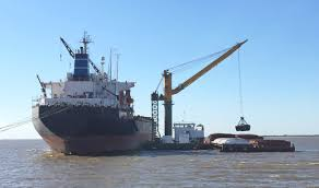 damen crane barge 6324 for transshipment of dry bulk containers
