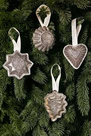 Christmas Ornaments With Initials 182 Best Sapin De Noël Images On Pinterest Christmas Time