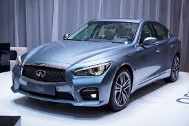 lexus infiniti q50 infiniti q50 lands in europe with merc u0027s 168hp 2 2 liter diesel