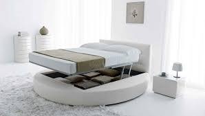 chambre avec lit rond lit rond design pour la chambre adulte moderne en 36 idées superbes
