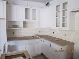 Pictures Of Kitchen Cabinets With Hardware Kitchen Cabinets Knobs Or Handles Homes Design Inspiration