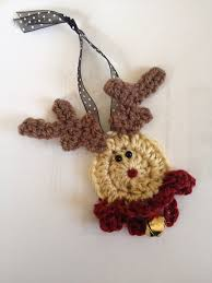 crochet reindeer fast and easy pattern ornament pin