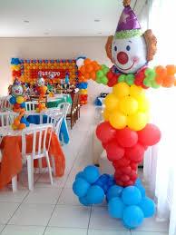 clowns for a birthday party dante s clown using zephyr solutions balloon column