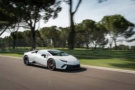 lamborghini huracan front 2018 lamborghini huracan performante front three quarter in motion