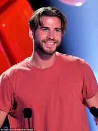 part down the middle hair style liam hemsworth debuts cringe inducing middle part mushroom