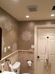 bathroom stencil ideas 308 best stenciled painted bathrooms images on