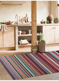tapis couloir sur mesure tapis couloir kilim feel design rouge de la collection linie design