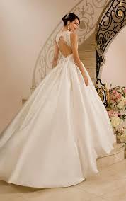 wedding dress sweetheart neckline ball gown biwmagazine com