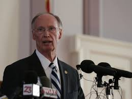 alabama governor resigns after scandal investigation uncovers