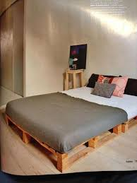 Platform Bed Frame Diy by Diy Pallet Platform Bed Plan Palettes Pinterest Pallet