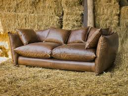 vintage style leather sofas could add to the retro look