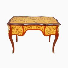 bureau louis xv occasion louis xv desk decorated with flowers