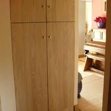 placard de chambre en bois agencement d entrée placard penderie design en bois sur mesure à
