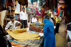 8 top mumbai markets for the best shopping