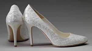 wedding shoes hamilton kate middleton wedding dress goes on display at buckingham palace