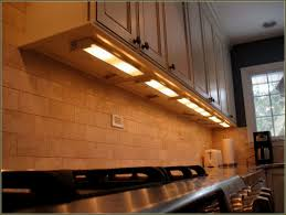 Under Kitchen Cabinet Lighting Kitchen Design - Kitchen cabinet under lighting