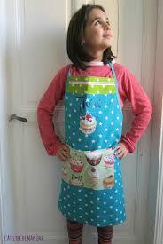 tablier de cuisine enfant personnalisé le tablier de théa les créations bijoux et accessoires de marlène