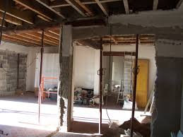 cuisine dans maison ancienne refaire l electricite dans une maison ancienne travaux rénovation