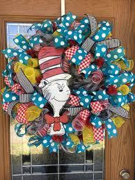 best 25 wreaths ideas on crayon wreaths