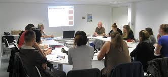 bureau reunion louer un bureau ou une salle de réunion mayenne communauté