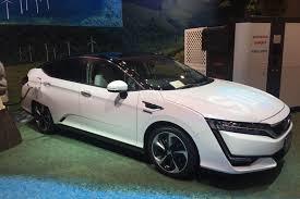 honda clarity fuel cell debuts at tokyo motor show 2015 auto express
